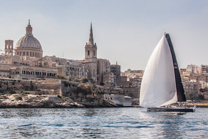 vittoria di endlessgame alla regata costiera della rolex middle sea race