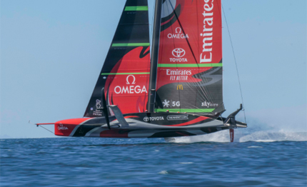 america cup primi bordi per new zealand